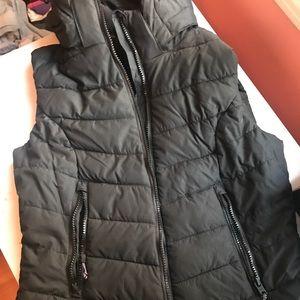 H&M sport puffer vest